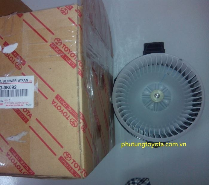 Picture of 87103-0K091 87103-0K092 Mô tơ quạt giàn lạnh trước, Mô tơ quạt điều hòa Toyota Innova Fortuner hàng chính hãng
