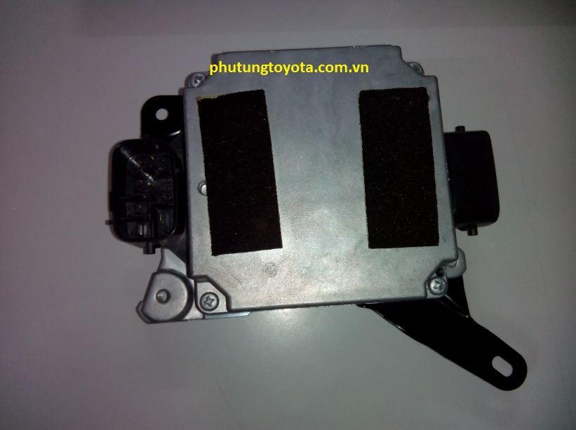 Picture of 89650-30630 Hộp điều khiển thước lái Lexus GS300 GS350