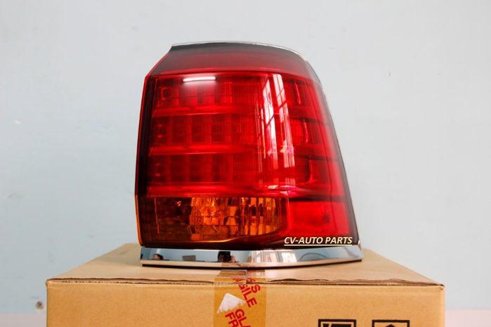 Picture of 81551-60850 Đèn hậu ngoài bên phải Lexus LX570