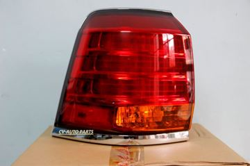 Hình ảnh của81561-60780 Đèn hậu ngoài bên trái Lexus LX570