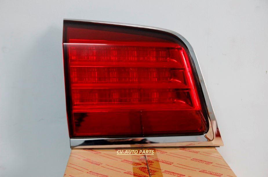 Picture of 81590-60250 Đèn hậu trong trái Lexus LX570
