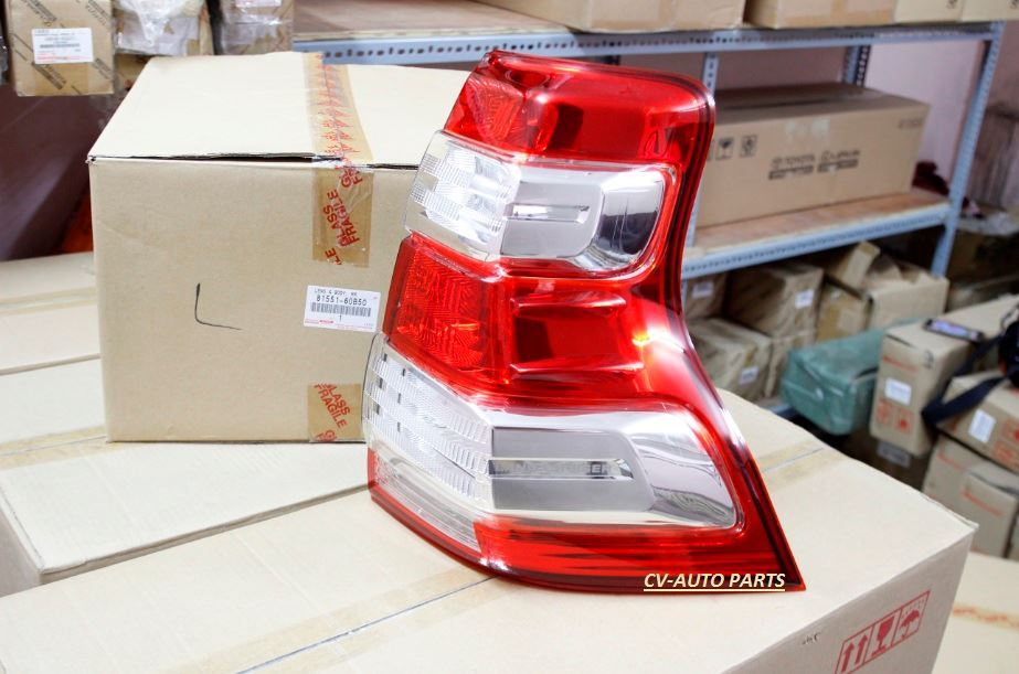 Picture of 81551-60B50 Đèn hậu phải Toyota Land Cruiser Prado model 2013-2014-2015