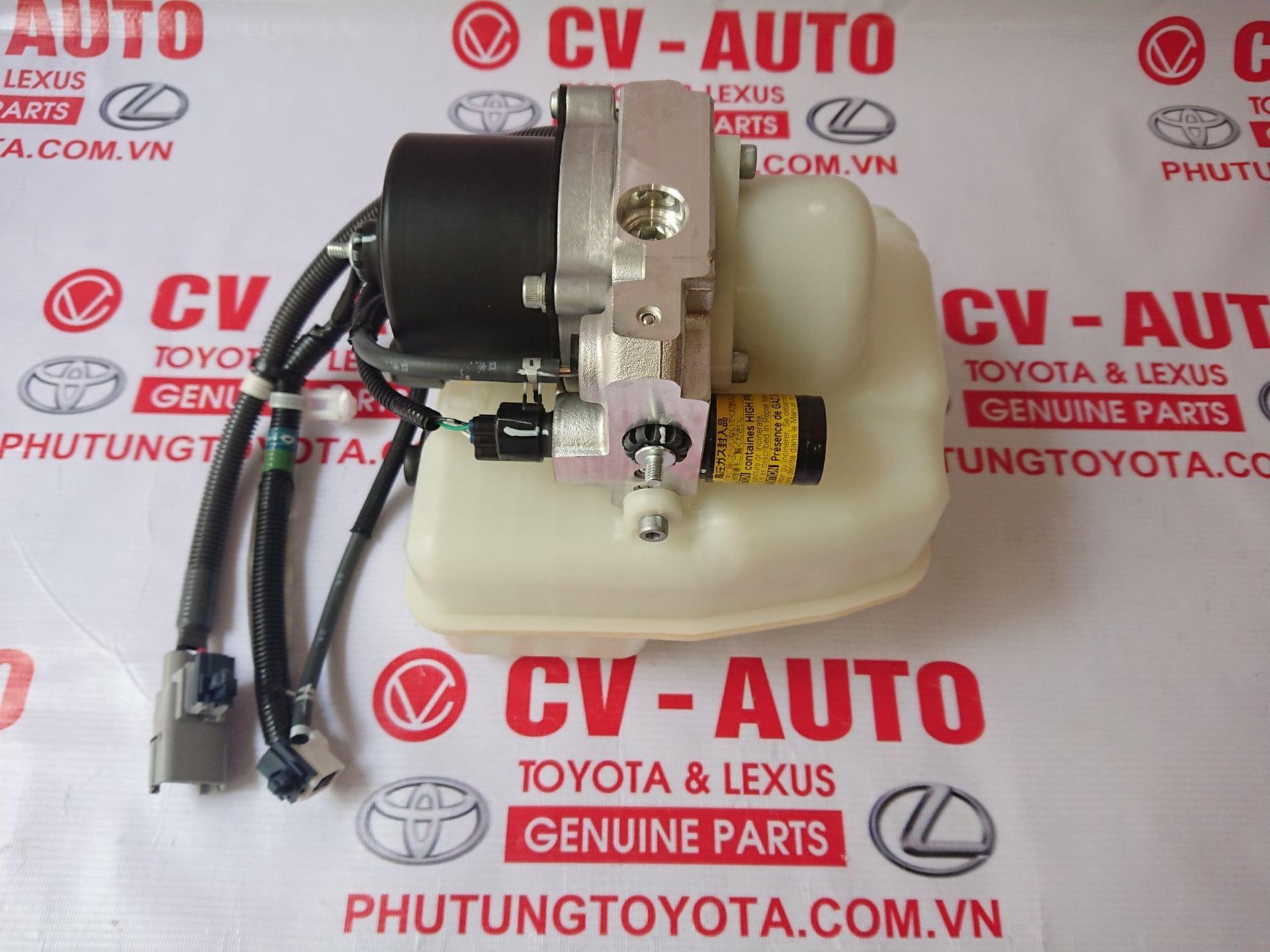 Picture of 48910-60031 Bơm nâng gầm Lexus LX570 hàng chính hãng