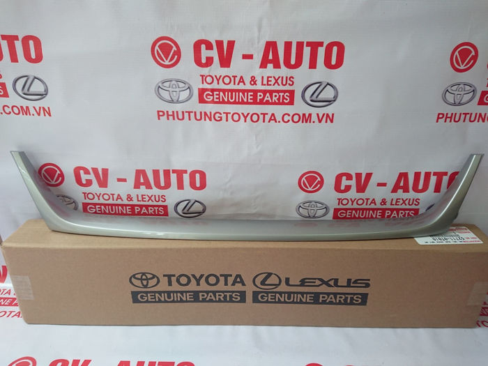 Picture of 52711-0T010 Nẹp mạ lưới cản trước Toyota Venza 2015