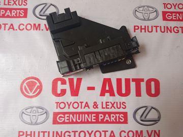 Hình ảnh của82720-0T020 Hộp cầu chì Toyota Venza hàng chính hãng