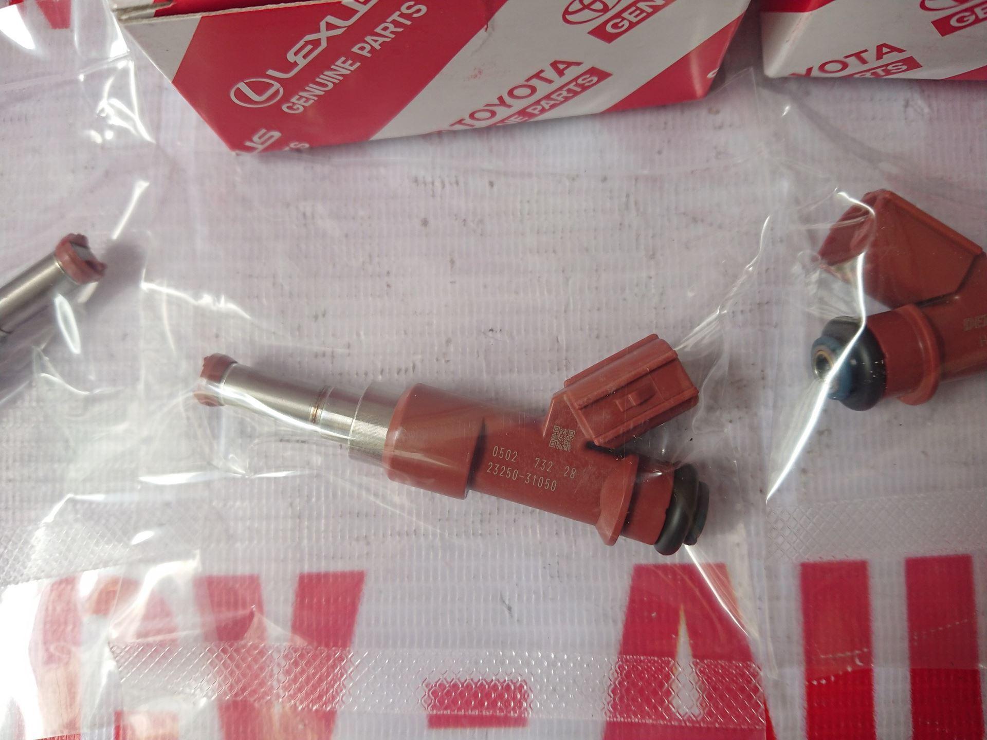 Picture of 23209-31050 23209-0P040 Kim phun xăng động cơ 2GR giá tốt