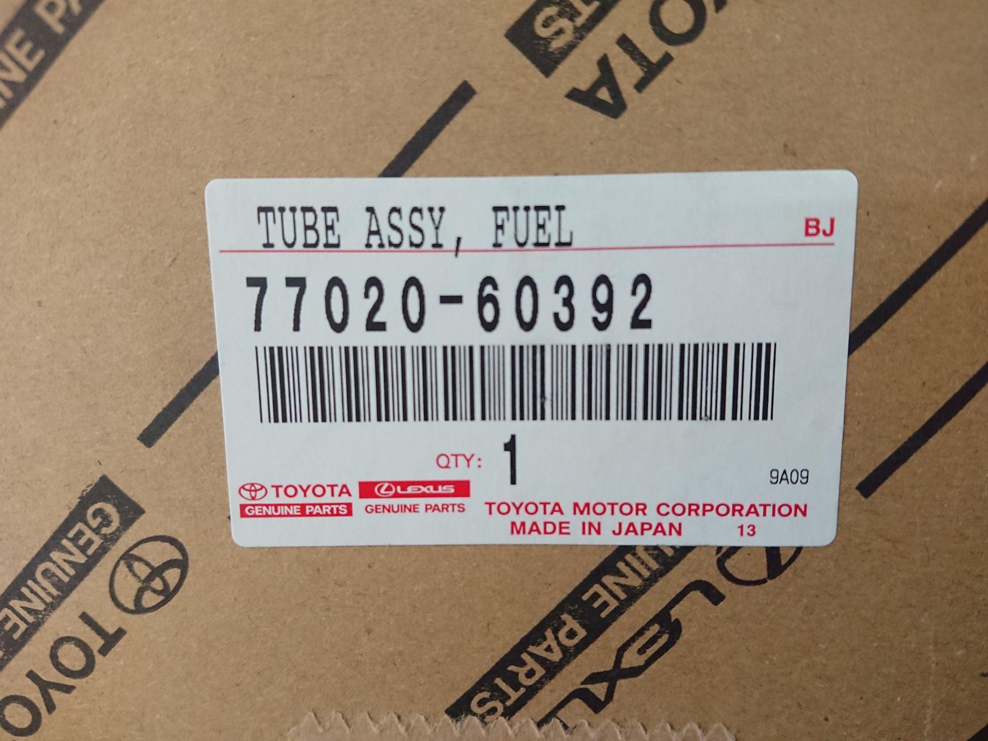 Picture of 77020-60392 7702060392 Cụm bơm xăng Toyota Land Cruiser V8 chính hãng