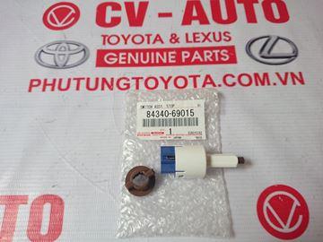 Hình ảnh của84340-69015 Công tắc đèn phanh Lexus GX470/Prado, Camry LE chính hãng