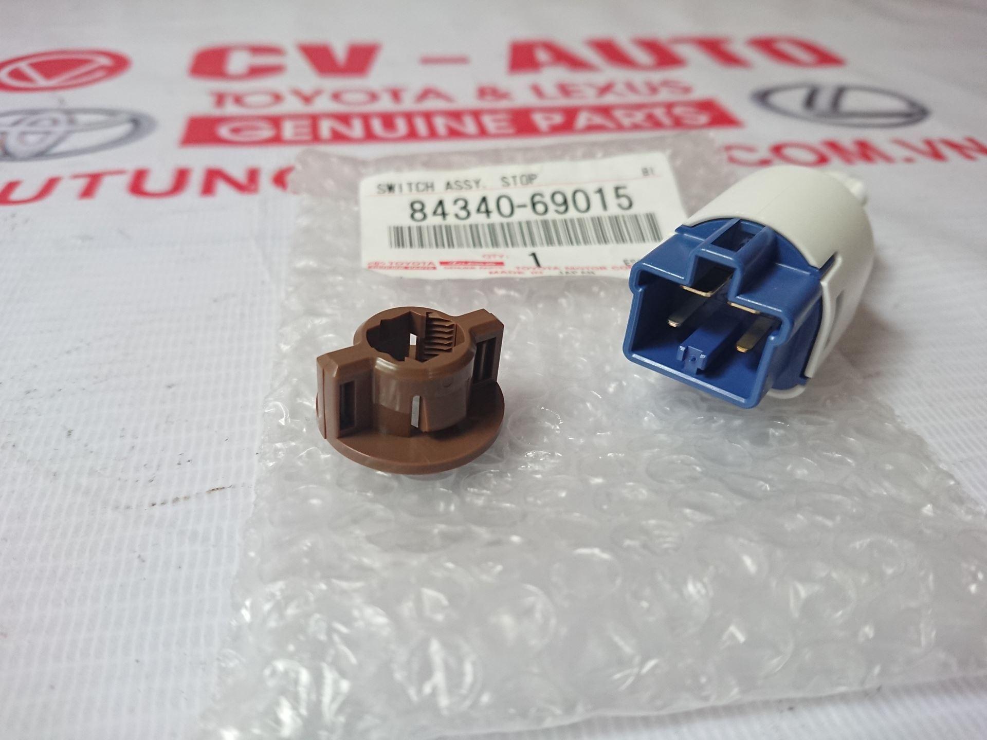 Picture of 84340-69015 Công tắc đèn phanh Lexus GX470/Prado, Camry LE chính hãng