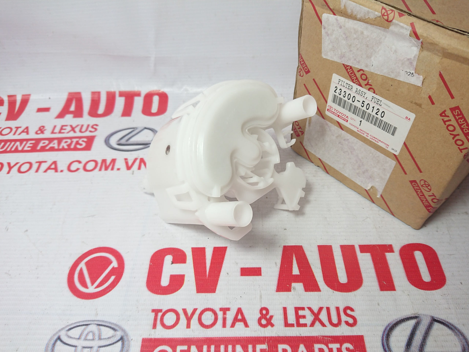 Picture of 23300-50120 Lọc xăng Lexus GX470 model 2003 chính hãng