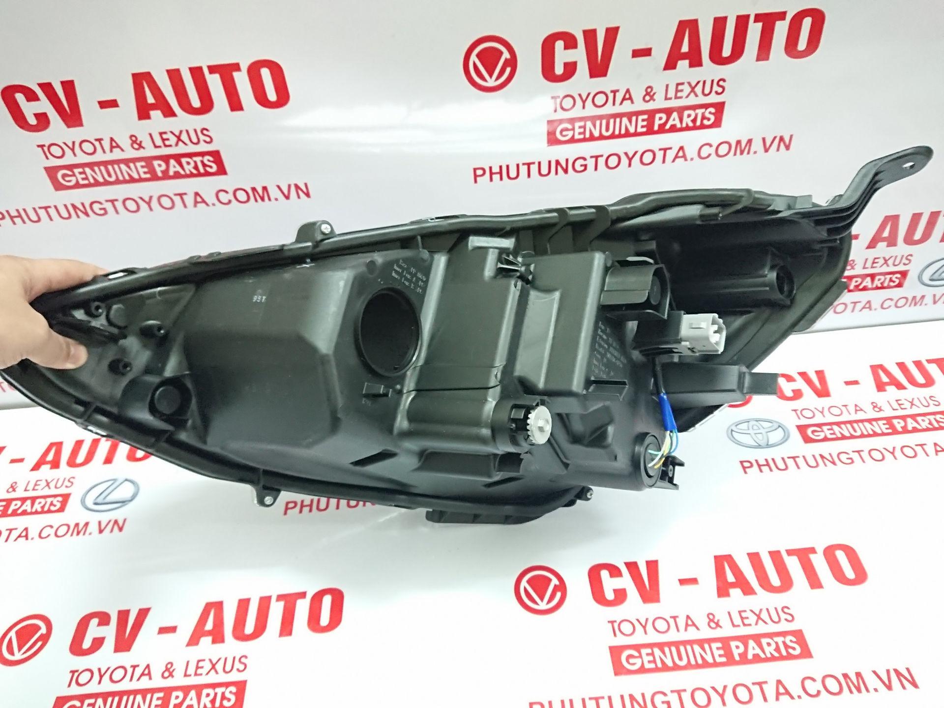 Picture of 81130-52K70 Đèn pha Toyota Prius hàng chính hãng