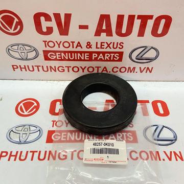 Hình ảnh của48257-0K010 Cao su đệm trên lò xo giảm xóc Toyota Fortuner chính hãng