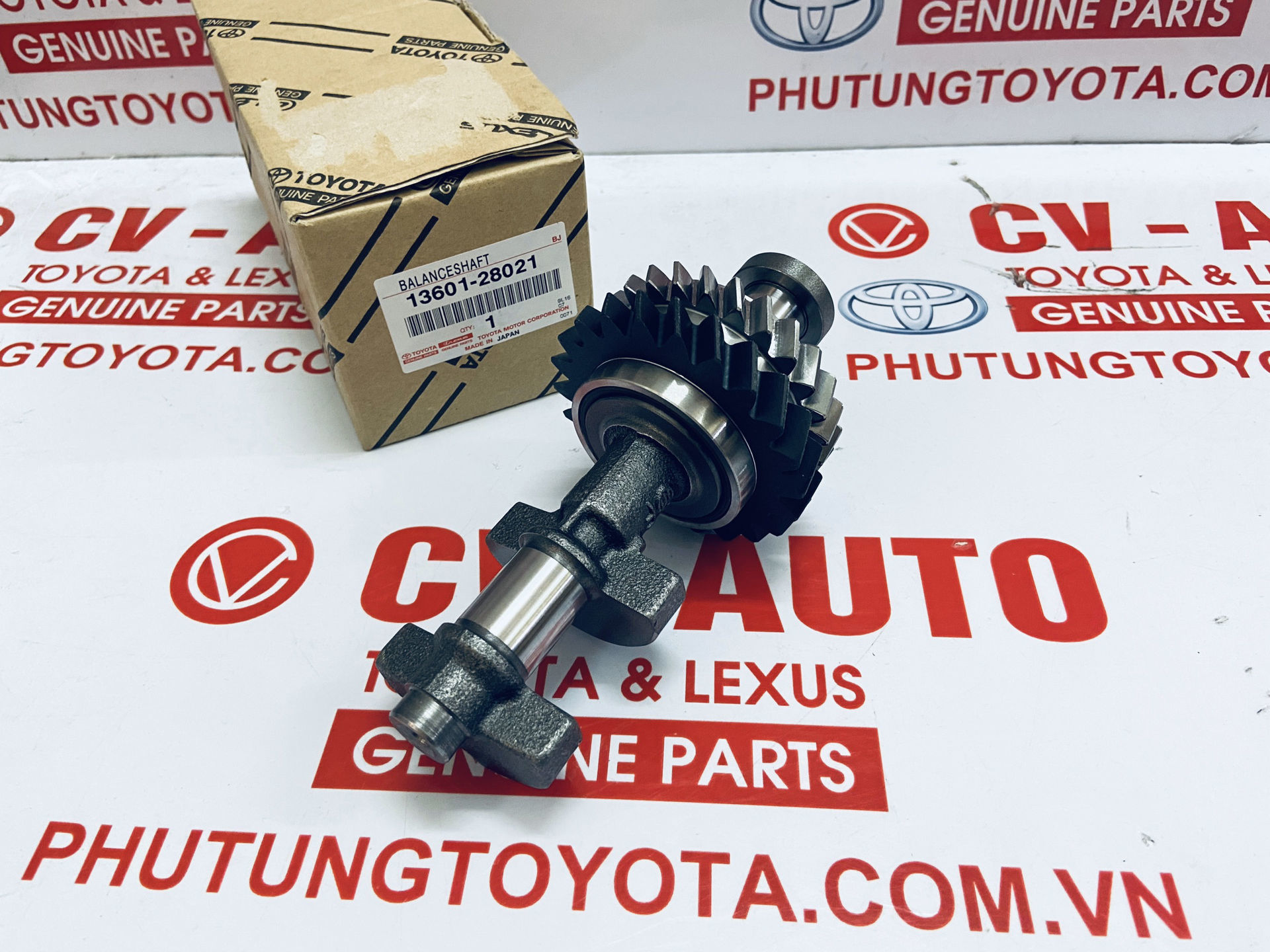 Picture of 13601-28021 Trục đối trọng to Toyota Camry 2.4 chính hãng