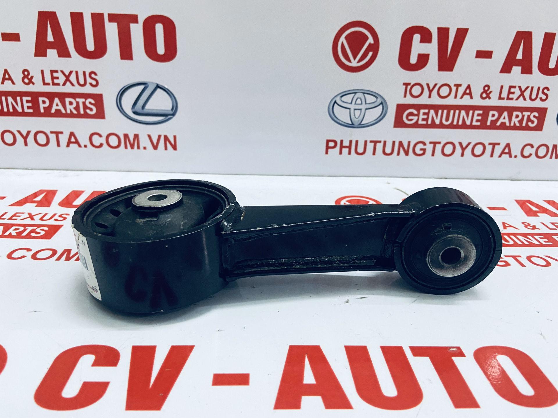 Picture of 12363-31040 Chân giằng số 8 Toyota Highlander 3.5 chính hãng