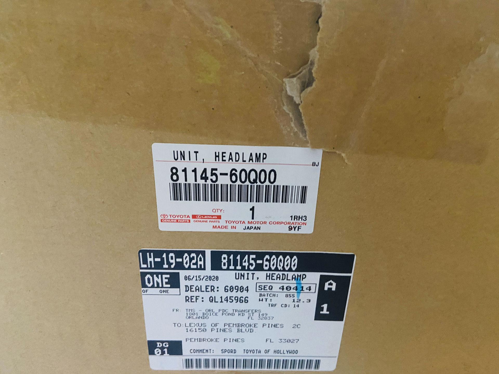 Picture of 81185-60P70 81145-60Q00 Đèn pha Lexus GX460 2020 hàng chính hãng