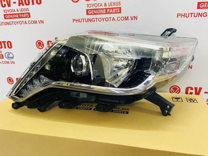 Picture of 81185-60J10 Đèn pha trái Toyota Land Cruiser Prado model 2013-2014-2015-2016