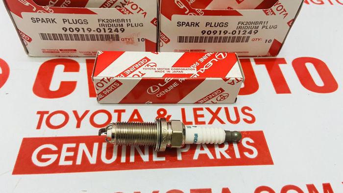 Picture of 90919-01249 Bugi Lexus LS460 hàng chính hãng