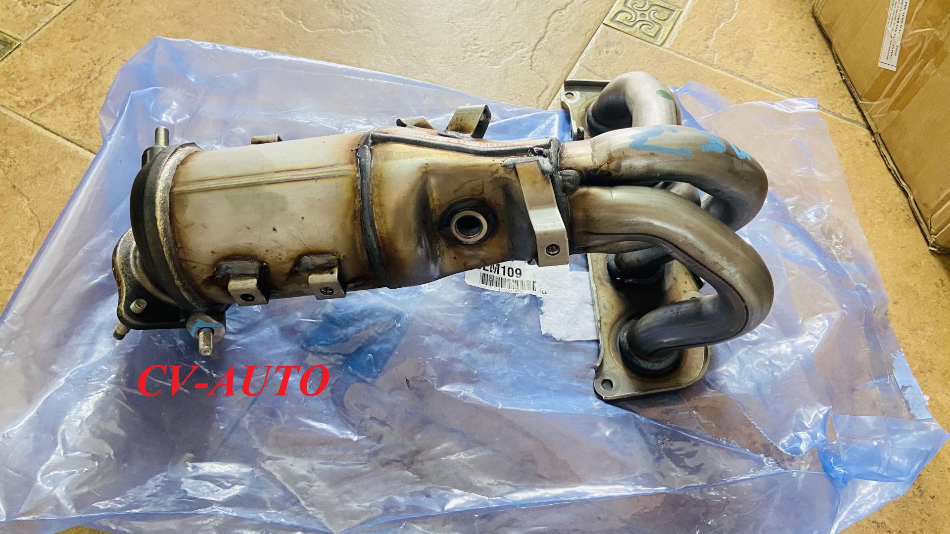 Picture of 25051-0H050, 25051-28330, 250510H050, 2505128330 Cổ xả, bầu catalyst Toyota Camry Mỹ Chính Hãng