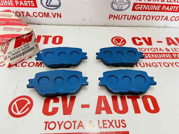 Picture of 04465-30330, 0446530330 Má phanh trước Lexus IS250 chính hãng